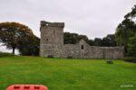 """Und noch ein Schloss, Lochleven Castle, auf einer Insel gelegen in Loch Leven. Wichtig ist das Schloss weil hier Maria Stuart """"zu Gast"""" war. http://de.wikipedia.org/wiki/Loch_Leven_Castle"""