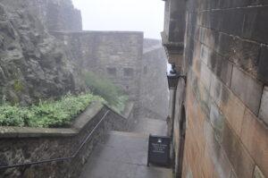 Haupteingangstreppe vom Schloss, also die historische Haupteingangstreppe.