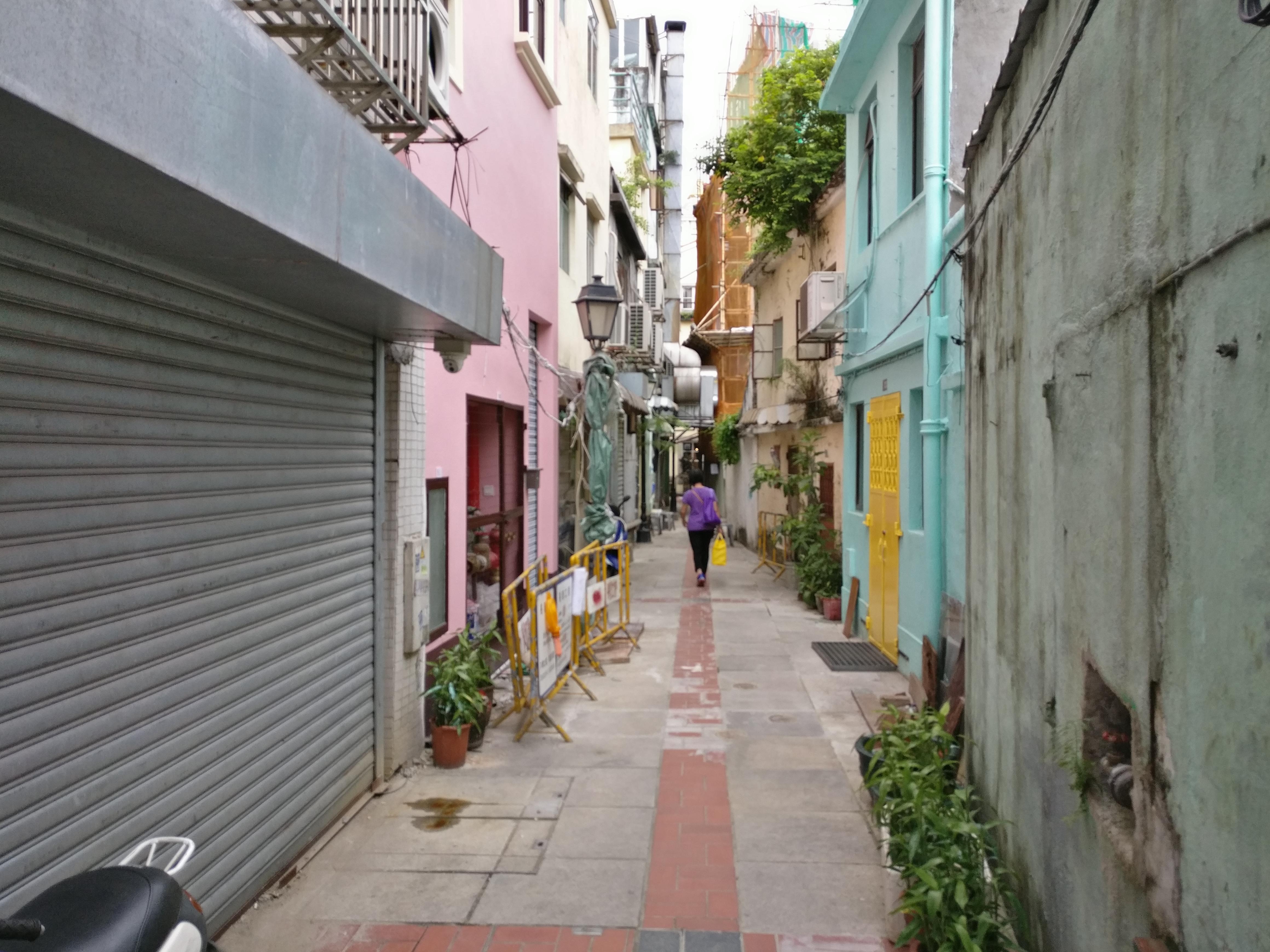 Macau: Eine kleine Gasse neben der Touristraße