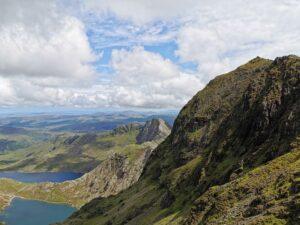 Oben rechts im Bild ist der Snowdon Gipfel