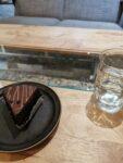 Schokoladenkuchen in einem Cafe
