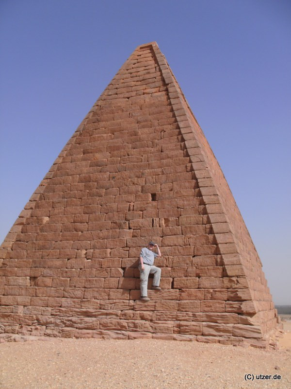 trip_to_pyramides_sudan_20.02.2009 (13).JPG